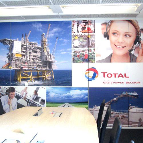 Total Gas & Power mur de la salle de réunio